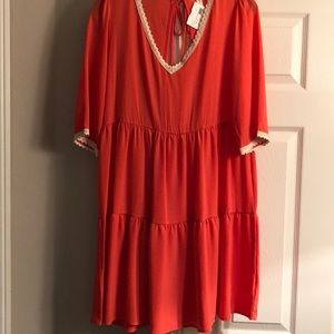 NWT. Coral V-neck women's size large dress